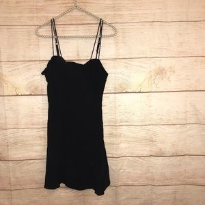Kimchi blue women's size 6 little black dress